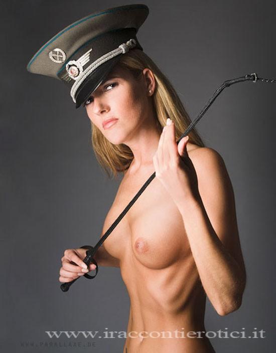 Sesso sadomaso poliziotta